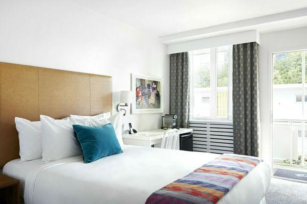 burrard-600x400-bed-headboard