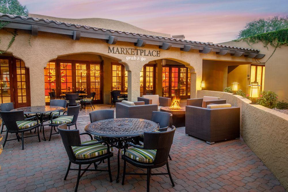Holiday Inn Scottsdale Resort - marketplace