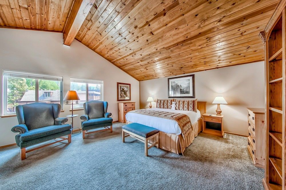 Tahoe Beach and Ski Club Bedroom